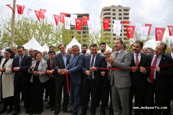 Karaköprü'de sosyal çarşı açıldı