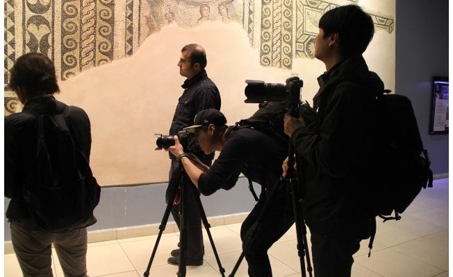 Koreli Gazeteciler Urfa'yı fotoğrafladı