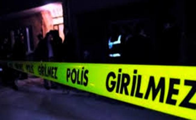 Mersin'de anne kız evlerinde ölü bulundu