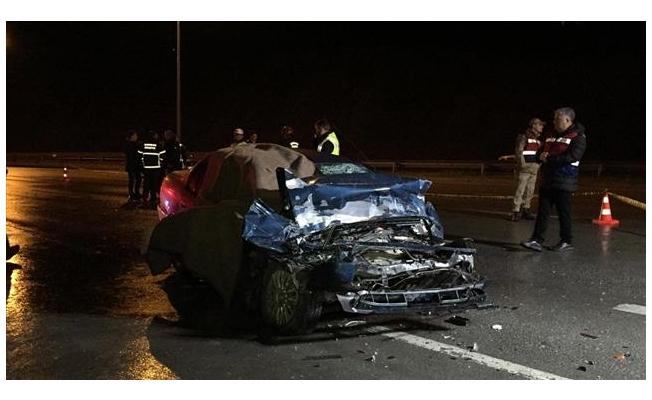 Samsun'da otomobil ile tır çarpıştı: 2 ölü, 1 yaralı