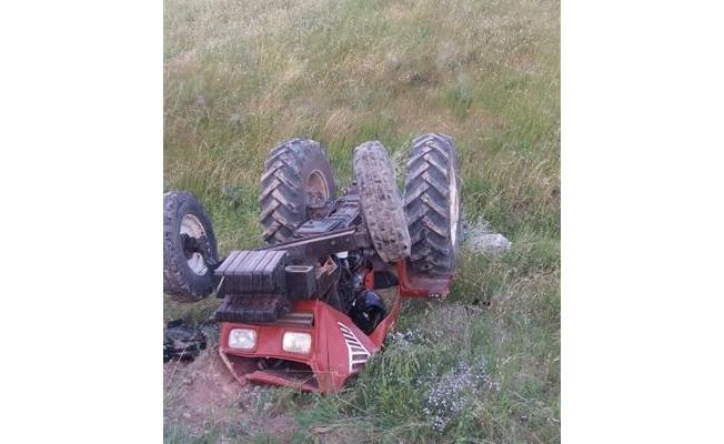 Haliliye'de traktörün altında kalan sürücü hayatını kaybetti