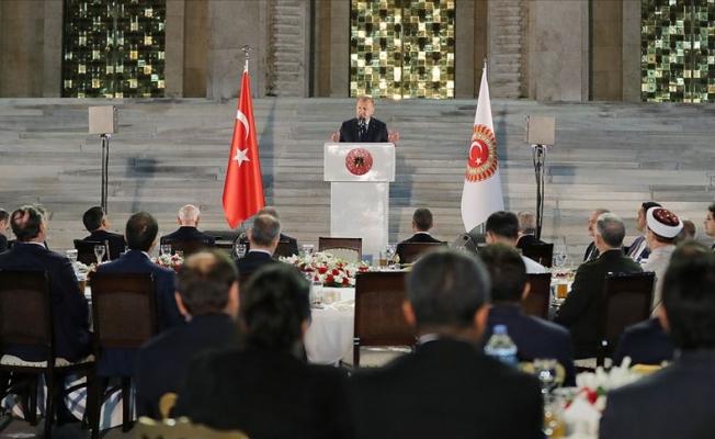 Erdoğan milletvekilleriyle iftarda buluştu