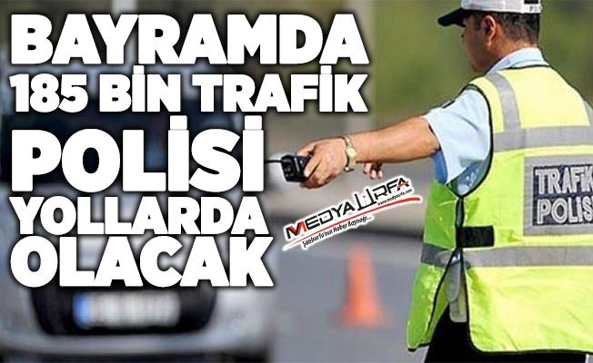 Trafik polisleri çocuklara trafik karnesi dağıtacak