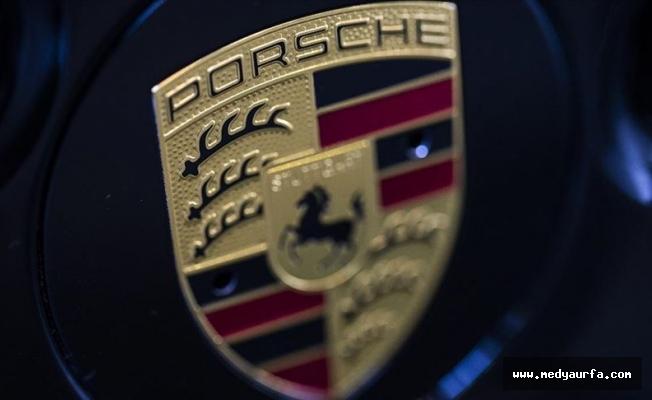 Porsche'ye şok baskın