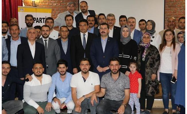 AK Parti Karaköprü Teşkilatı İftarda Buluştu