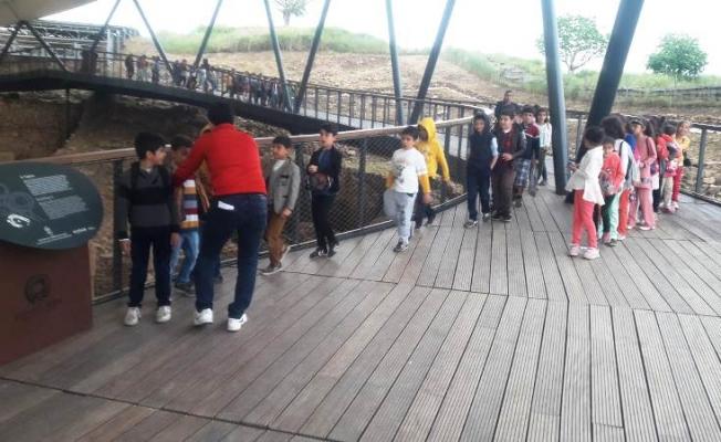 Şanlıurfa'da öğrenciler Göbeklitepe'yi gezdi