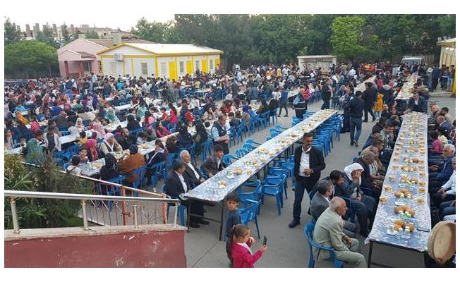 Viranşehir'de kardeşlik sofrası