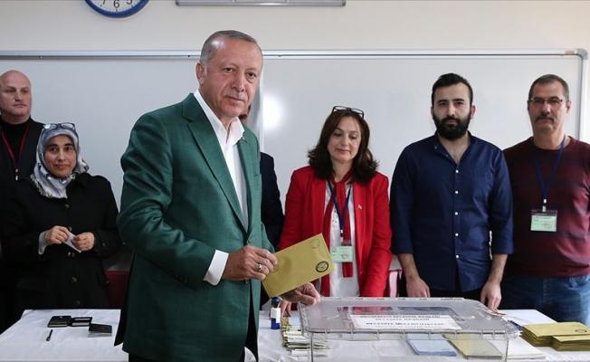 Cumhurbaşkanı Erdoğan oy kullandı