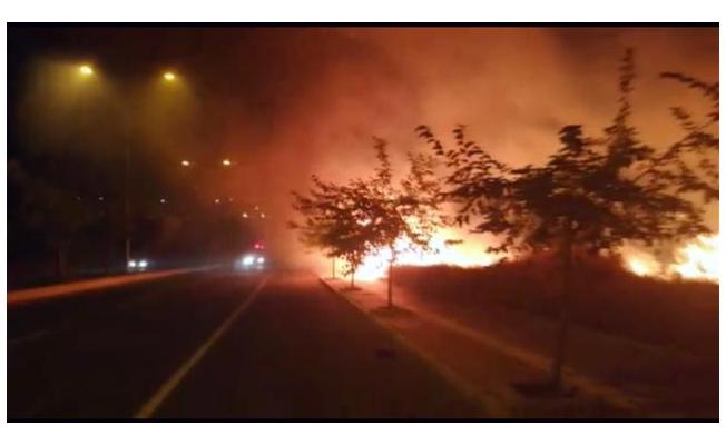 Karaköprü'de anız yangını!