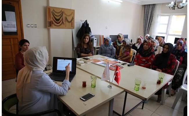 Şanlıurfa'da kadınlara ''Aile Olmak'' söyleşisi