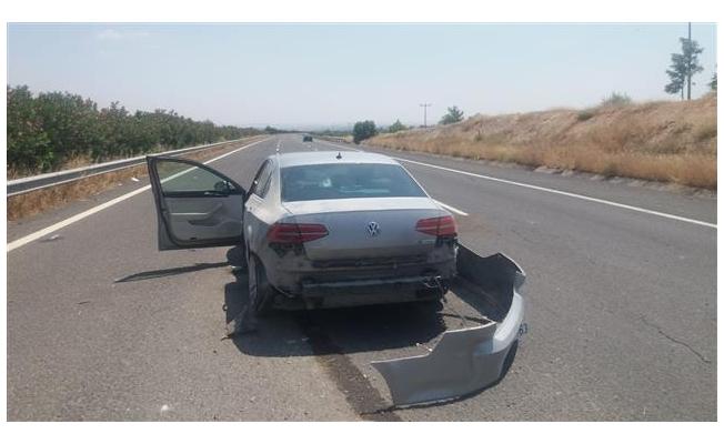 Urfa-Antep otoyolunda kaza: 2 yaralı