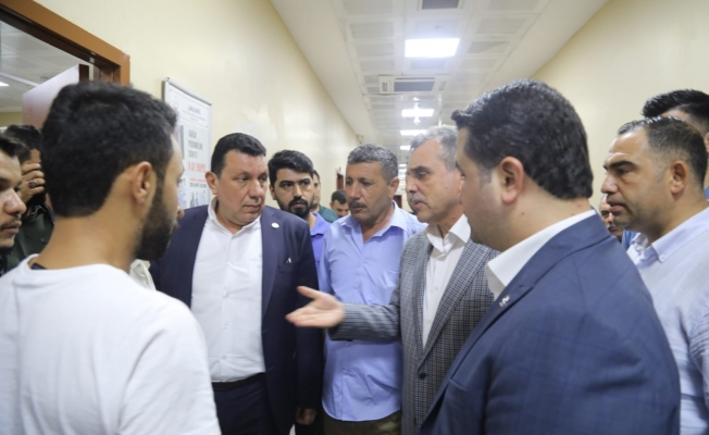 Roket saldırısında yaralanan vatandaşı ziyaret ettiler