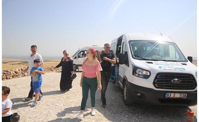Haliliye'den Göbeklitepe'ye araç desteği
