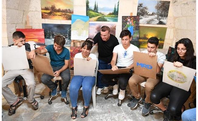Urfa'da gençler yetenek sınavlarına hazırlanıyor