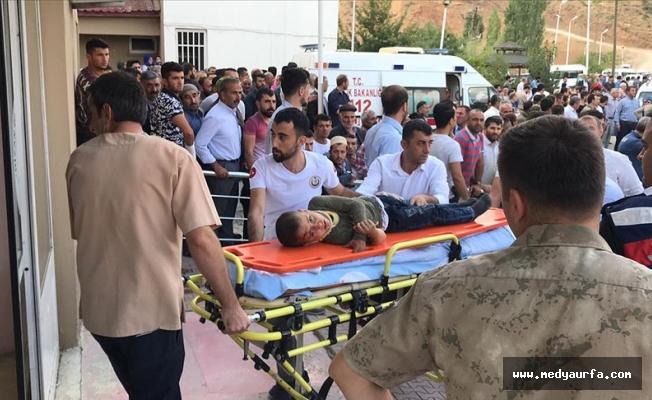 Bitlis'te minibüs devrildi: 10 ölü, 7 yaralı