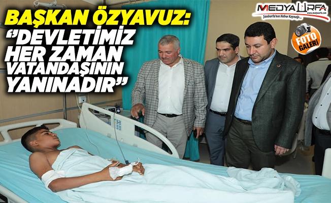 Özyavuz, yaralı vatandaşları ziyaret etti