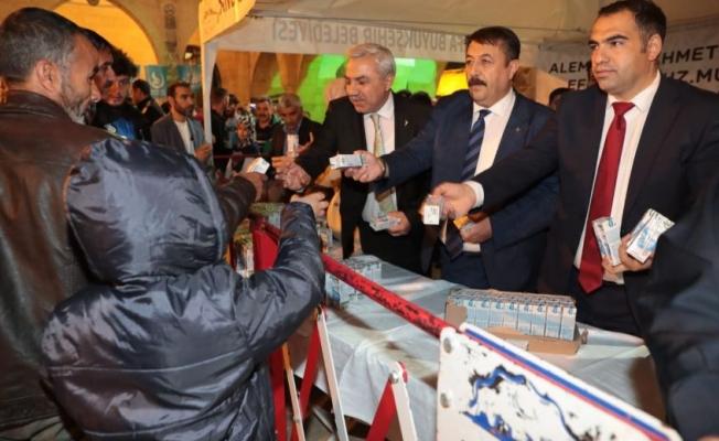 Büyükşehir'den Mevlid Kandilinde Süt İkramı