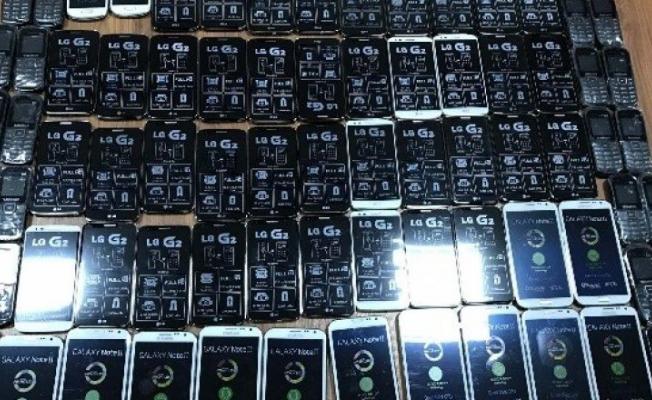 Şanlıurfa'da Kaçak Telefon Operasyonu