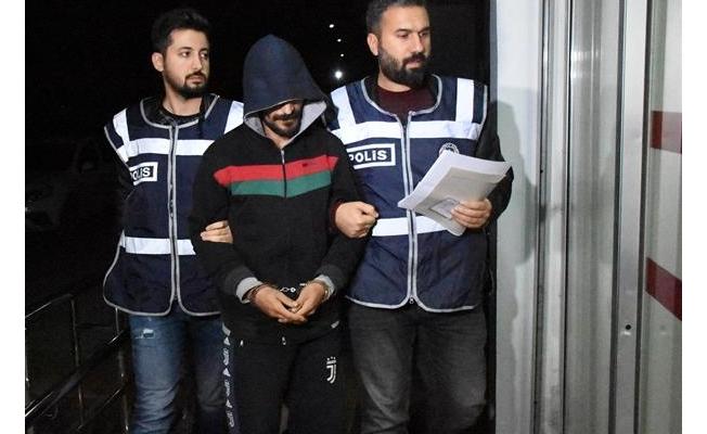 Adana'da aranan hükümlülere şafak operasyonu
