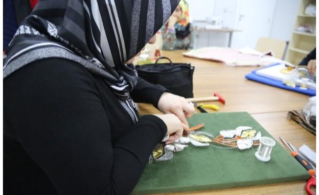 Haliliye'de kadınlar sanatla buluşuyor