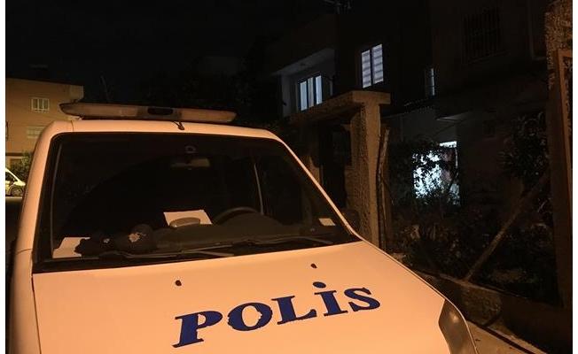 Temizlediği silah ateş alan polis memuru öldü