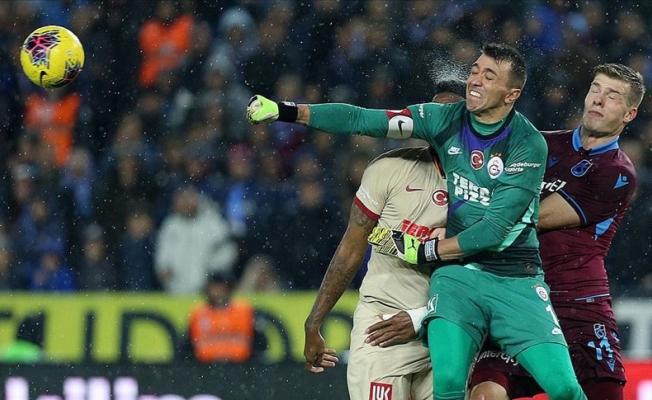 Trabzonspor ile Galatasaray berabere kaldı