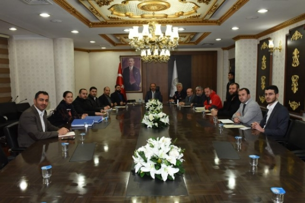 Urfa'da Suriye'ye yönelik yardımlar değerlendirildi