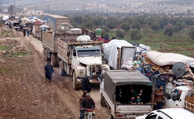 36 bin sivil daha Türkiye sınırına göç etti