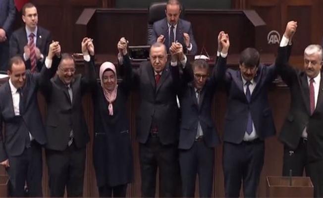Belediye başkanları AK Parti'ye geçti