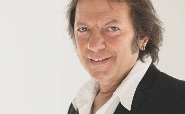 Oyuncu ve şarkıcı Recep Aktuğ vefat etti