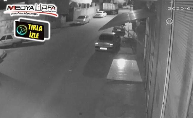 Siverek'te otomobili kundaklama girişimi kamerada