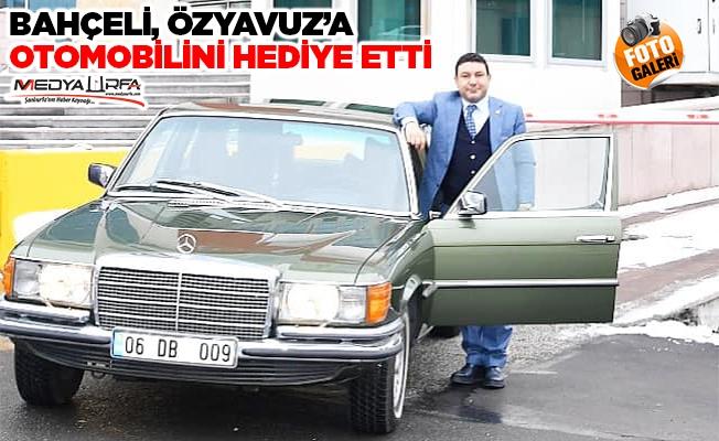 Bahçeli, Özyavuz'a otomobil hediye etti