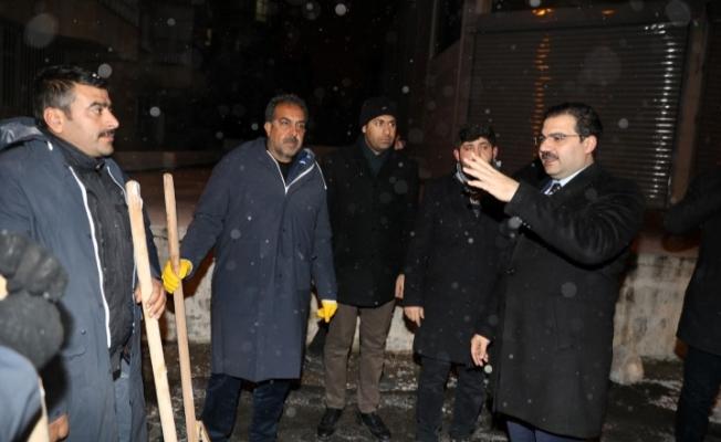 Haliliye'de 24 Saat Aralıksız Kar Mesaisi