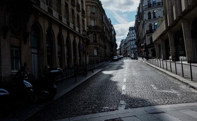 Fransa'da serbest dolaşıma sınırlandırma getiriliyor