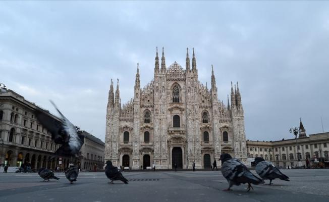 İtalya'da tüm ticari faaliyetler durdurulacak