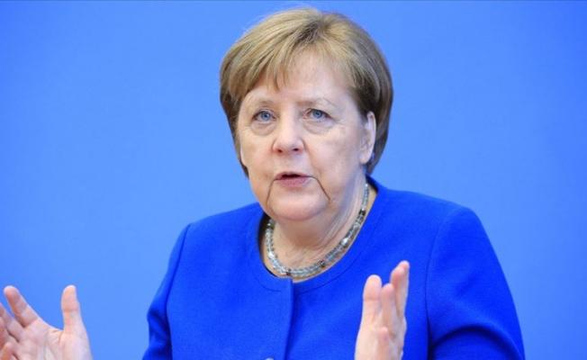 Merkel: Radikal kararlar alındı