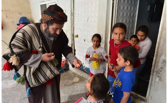 """Hayırseverlerin iyilik elçisi """"Ramazan Amca"""""""