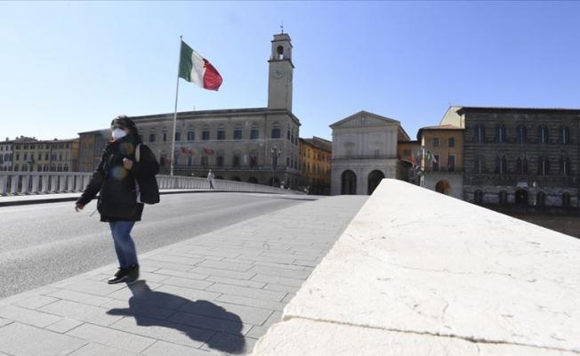 Salgınla felç olan İtalya 'normalleşmeyi' umuyor