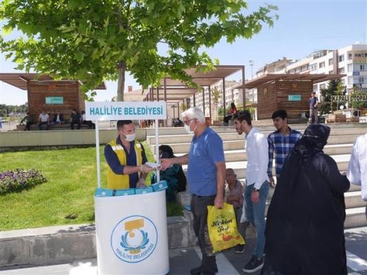 Haliliye'de Ücretsiz Maske Dağıtımı Sürüyor