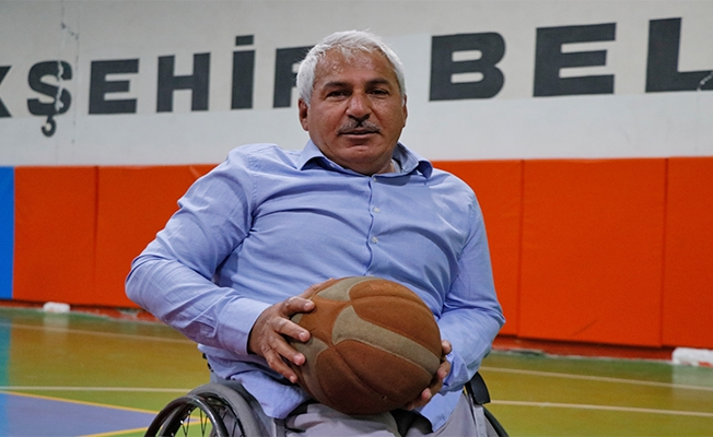 Kendisi gibi engellilerin hayatına sporla dokundu