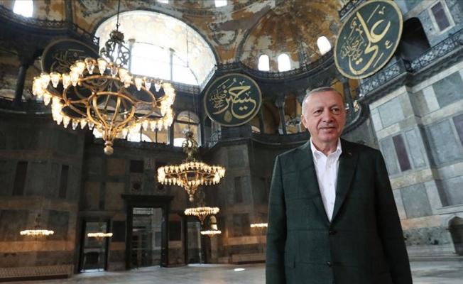 Erdoğan Ayasofya Camisi'nde incelemelerde bulundu