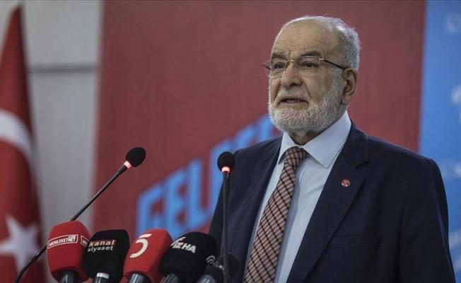 Karamollaoğlu: Sosyal medyada iftiranın önüne geçilmeli