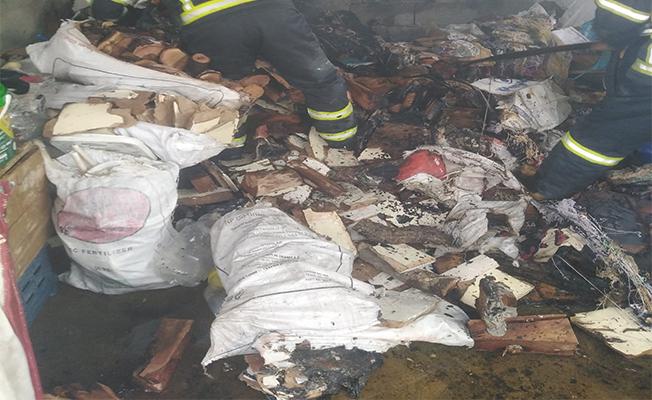 Şanlıurfa'da iş yeri ve ev yangını
