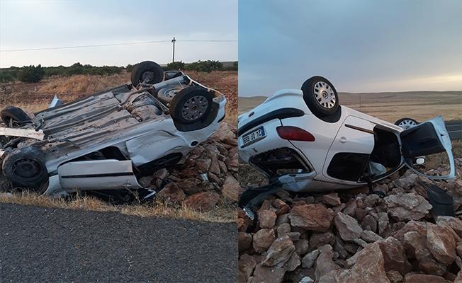Suruç'ta otomobil devrildi: 6 yaralı