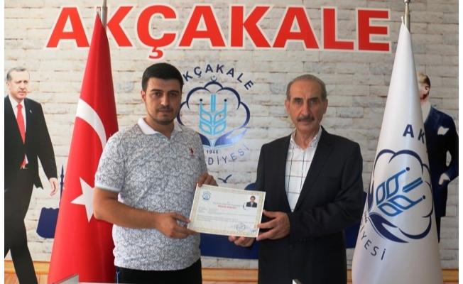 Başkan Yalçınkaya'dan teşekkür plaketi