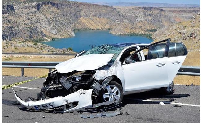 Halfeti'de otomobil takla attı: 1 ölü, 3 yaralı