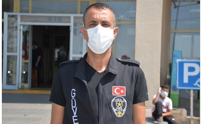 Hastane güvenliğini darbeden 2 kişi tutuklandı