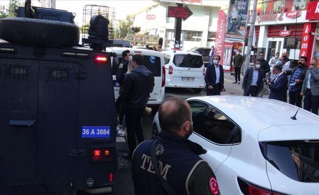 Kars Belediye Başkanı gözaltına alındı