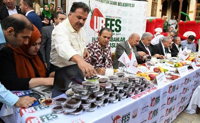 Büyükşehir'den ödüllü Urfa İsotu yarışması
