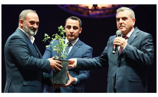 Dursun Ali Erzincanlı'ndan Urfa'da şiir ziyafeti